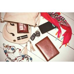 Женская сумочка – место загадочное